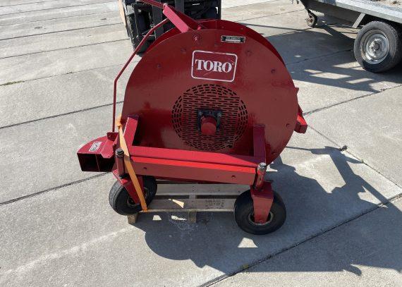 Veger en bladblazer voor diverse Toro Groundmaster met aftakas aandrijving